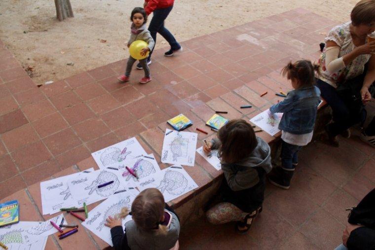 Hi ha hagut espais dedicats als més petits on han pogut pintar i dibuixar