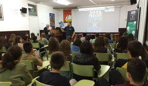 Una de les sessions a l'Institut Martí l'Humà.