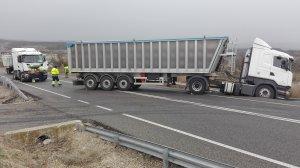L'accident ha tingut lloc al quilòmetre 42 de la N-240 en sentit Lleida.