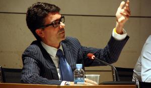 Mario García, portaveu del grup municipal, en un ple de l'Ajuntament.