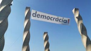 El monument d'Andreu Alfaro és un dels símbols de la UAB