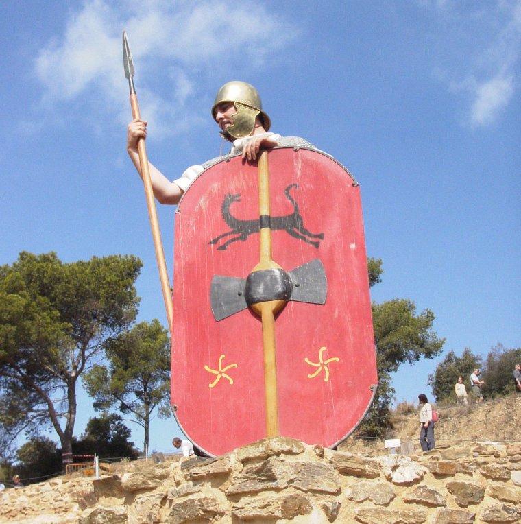 En Bilos i la Betinin, els personatges del Museu, donaran la benvinguda als assistents