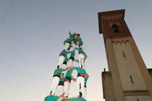 El diumenge és el dia dels castells. A les 12 h a la Plaça de l'Abat Oliba.