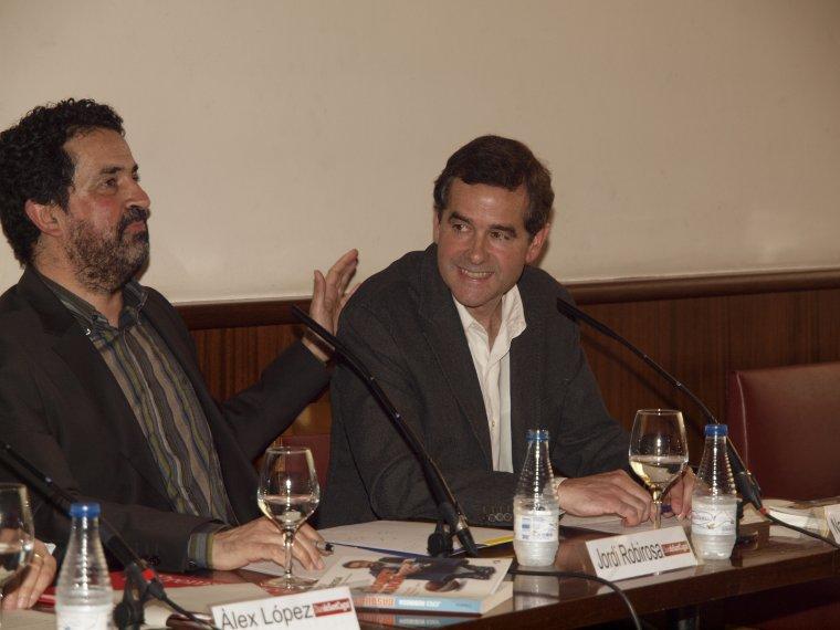 Jordi Robirosa i Nacho Solozábal en la presentació del llibre Basquetmania al 2011
