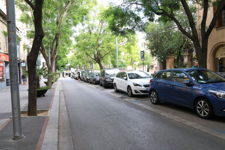 L'avinguda Catalunya serà una de les vies que quedaran tallades trenta minuts abans de la sortida de la cursa, a les 19:30h, i fins el pas del darrer corredor/a