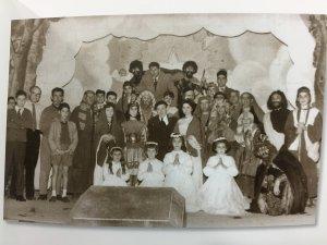 Els Amics del Teatre representant els Pastorets al Casal Parroquial