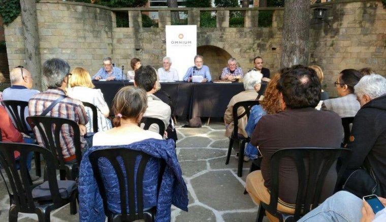 Òmnium ja va celebrar, durant el 2017, reunions per parlar sobre el patrimoni documental a Cerdanyola, a les quals van assistir molts dels impulsors de GREC.