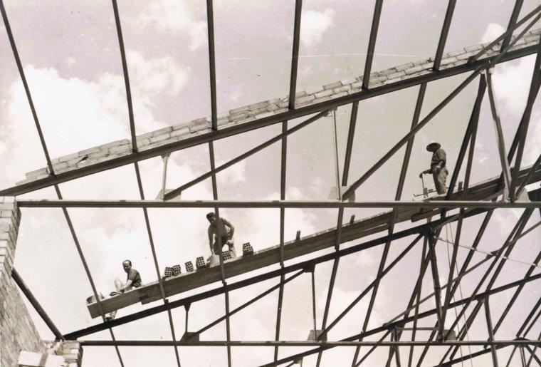 Construcció del nou cinema Kursaal, al 1961
