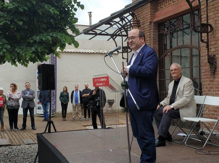 Miquel Iceta a un miting al Museu d'Art de Cerdanyola