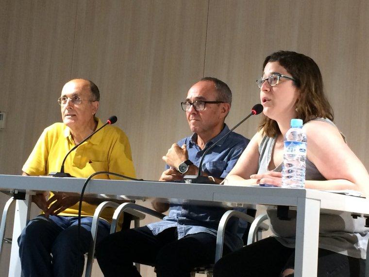 Coscubiela, al centre, durant la presentació de Empantanados a Cerdanyola del Vallès
