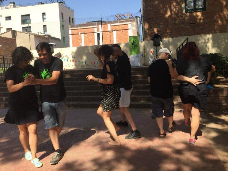 Els Lindy Hoppers ballen en la celebració del seu primer aniversari