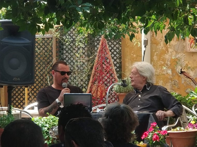 Romero i Vallès durant l'acte de presentació