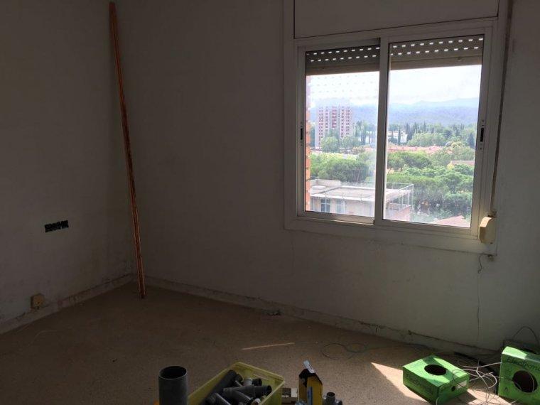 Una de les habitacions durant el procés de rehabilitació
