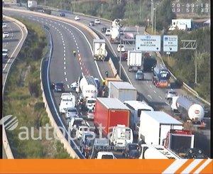 Imatge d'arxiu de retencions a l'AP-7 FOTO: @infoautopistas