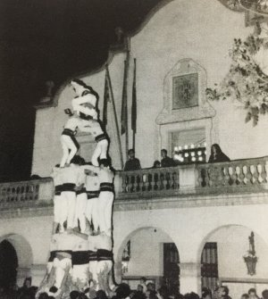 Els Castellers de Cerdanyola durant les Festes de Sant Martí