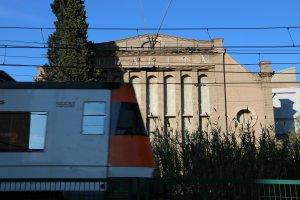 Façana de la fàbrica d'Uralita