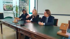 D'esquerra a dreta, Jaume Maranges, president de Cerdanyola Empresarial; Contxi Haro, regidora de serveis econòmics i Lluís Sisquella, vice-president de l'entitat.