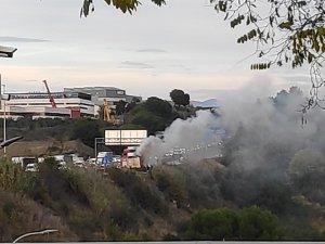 Imatge del camió incendiat a Barberà