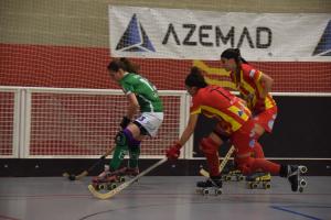Imatge del partit entre el CP Manlleu i el Cerdanyola CH a l'Ok Lliga