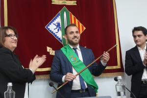 Carlos Cordón en el moment de ser investitat alcalde de Cerdanyola