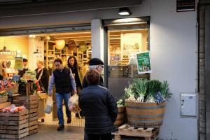 Els comerços podran obrir portes els pròxims dos diumenges