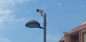 Les càmeres de vídeo-vigilància ja comencen a veure's a la Part Baixa.
