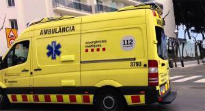 Imatge d'una ambulància del SEM a la Pineda.