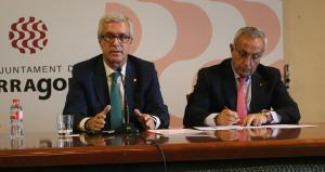 Josep Fèlix Ballesteros i Alejandro Blanco, en roda de premsa anunciant l'ajornament dels Jocs.