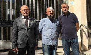 Ramon Setó, advocat de Drets, Sergi Albarrán i Pau Ricomà (ERC) aquesta tarda als jutjats de Tarragona.