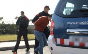 Detenció dels mossos.