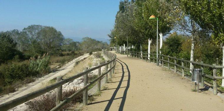 Imatge d'un dels camins del Parc del Francolí.