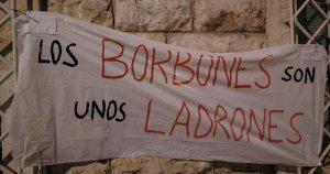 Una de les pancartes penjades al centre penitenciari obert de Tarragona, durant la concentració dels Comitès en Defensa de la República.