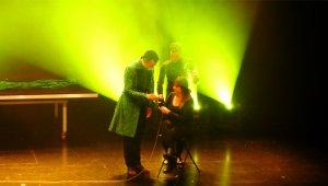 Imatge de l'espectacle del Mag Lari.