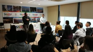 Imatge de l'acte de benvinguda del programa «Fem ocupació per a joves»