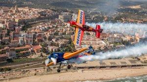 Els pilots en els vols d'entrenament davant del litoral tarragoní.