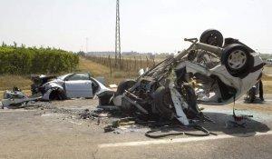 Accidente mortal en una carretera secundaria.