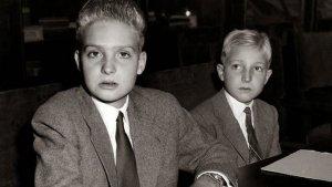 Juan Carlos I y su hermano Alfonso.