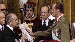Juan Carlos I en la aprobación de la Constitución española.