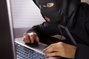 Sigue estos sencillos pasos para saber si te están robando WiFi.