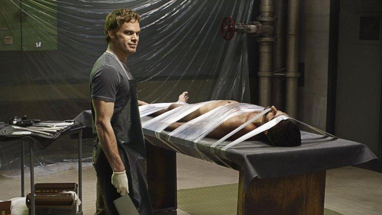 Dexter es una perfecta serie sobre la vida (y obra) de un asesino en serie muy particular.