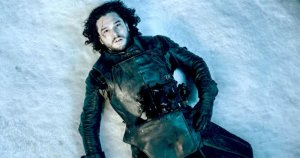 La muerte de Jon Snow en Game Of Thrones es un claro ejemplo de cliffhanger.
