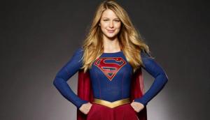 DC y Warner Bros preparan la adaptación al cine de 'Supergirl'.