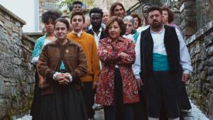 Reparto de 'Lo Nunca Visto', encabezado por Carmen Machi.