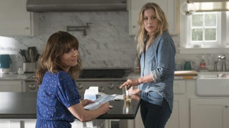 'Dead to Me', renovada para su segunda temporada.