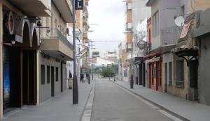 El carrer Monturiol de la platja de Calafell.