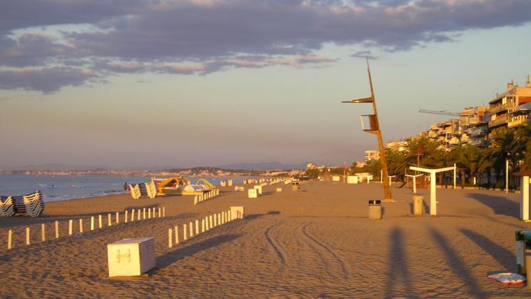 Imatge de la platja de Segur de Calafell.