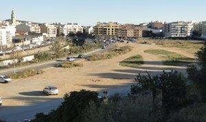L'espai que s'hauria de convertir en un gran parc verd.