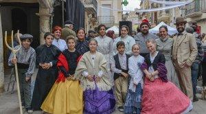 'Els Amics del Rei Josep' es van estrenar a la VI Fira Modernista del Penedès.