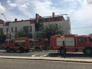 Cap al lloc dels fets s'hi han desplaçat 4 dotacions de bombers