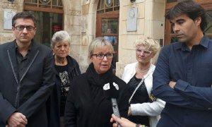 Eva Serramià, amb membres i regidors del PDECat del Vendrell.